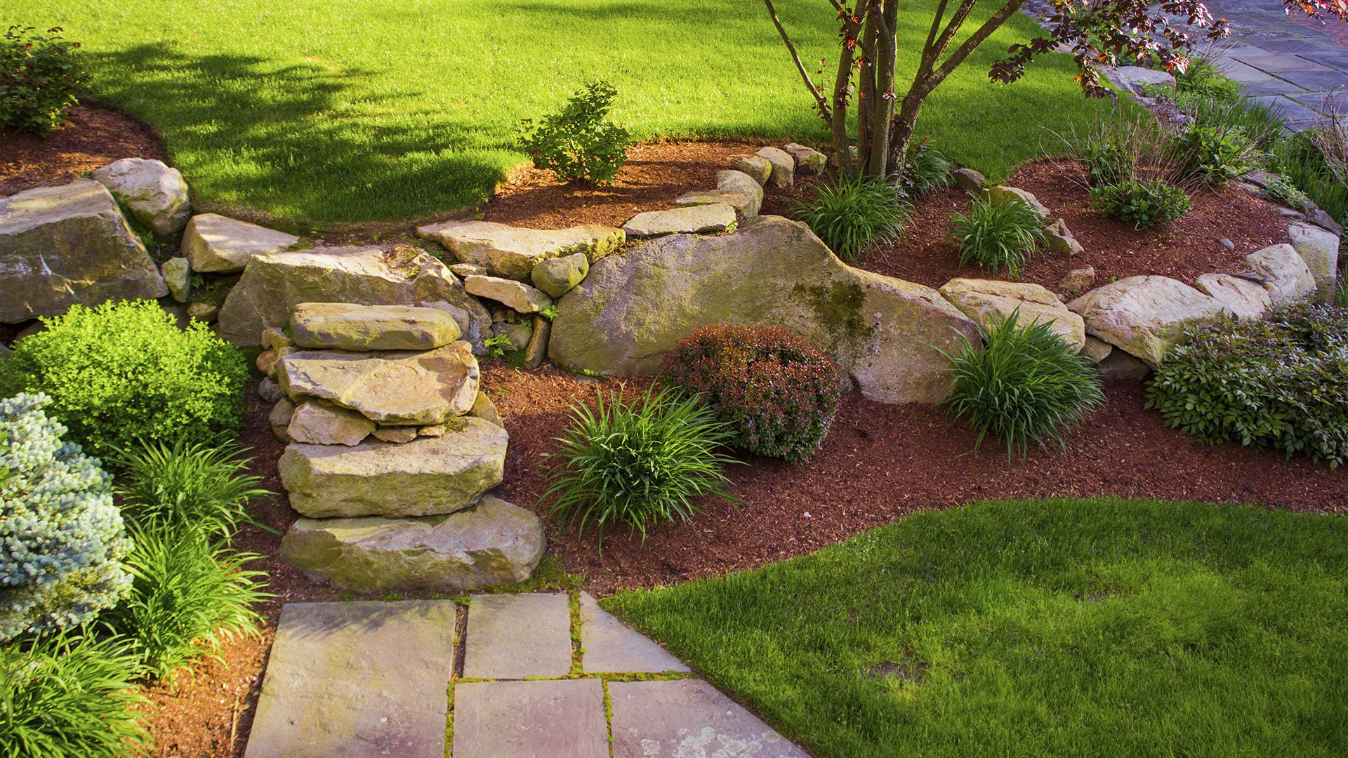 Elowsky Lawn Services of Michigan Inc Landscaper, Landscaping Services and Lawn Care Services slide 3